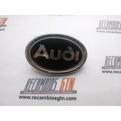Audi 80. Anagrama Audi aleta delantera