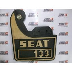 Seat 133. Faldillas de goma
