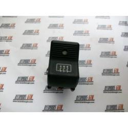 Lada Niva. Interruptor luneta térmica con luz