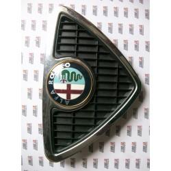 Alfa Romeo 146. Rejilla delantera